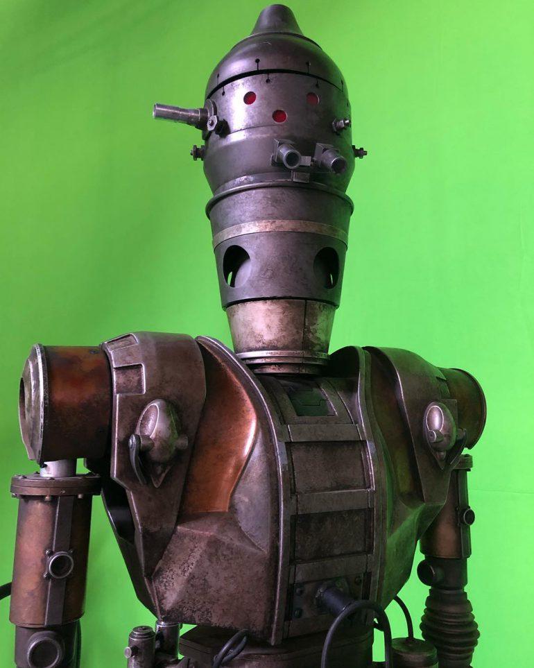 """В сериале Star Wars: The Mandalorian появится дроид-киллер IG-88, который выслеживал Хана Соло еще в пятой части саги """"Империя наносит ответный удар"""""""