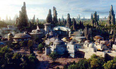 Disney показал, как будут выглядеть аттракционы по вселенной «Звездных Войн» в новых тематических парках Star Wars: Galaxy's Edge [видео]
