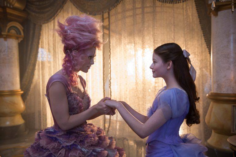 Русские зрители плохо отреагировали напоказ нового фильма «Щелкунчик и 4 королевства»