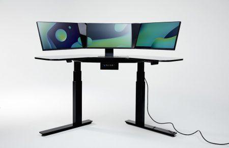 SmartDesk — умный рабочий стол за $4500