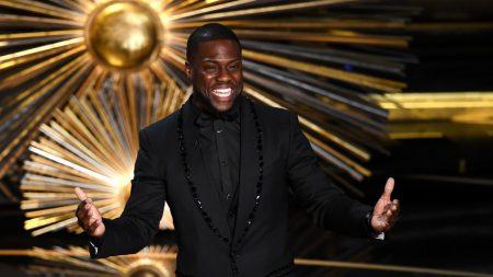 Внезапно: Кевин Харт не будет вести церемонию «Оскара». Комика «ушли» на следующий день после назначения из-за старых шуточных твитов