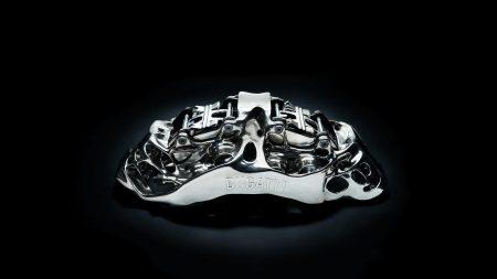 Bugatti Automobiles провела испытания напечатанного тормозного суппорта