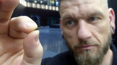 Імпланти Biohax спростять торгівлю золотом