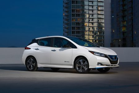 Ќа CES 2019 представили электромобиль Nissan Leaf e+ (Leaf Plus) с двигателем 160 к¬т, батареей 62 к¬тч и запасом хода 385 км (WLTP)