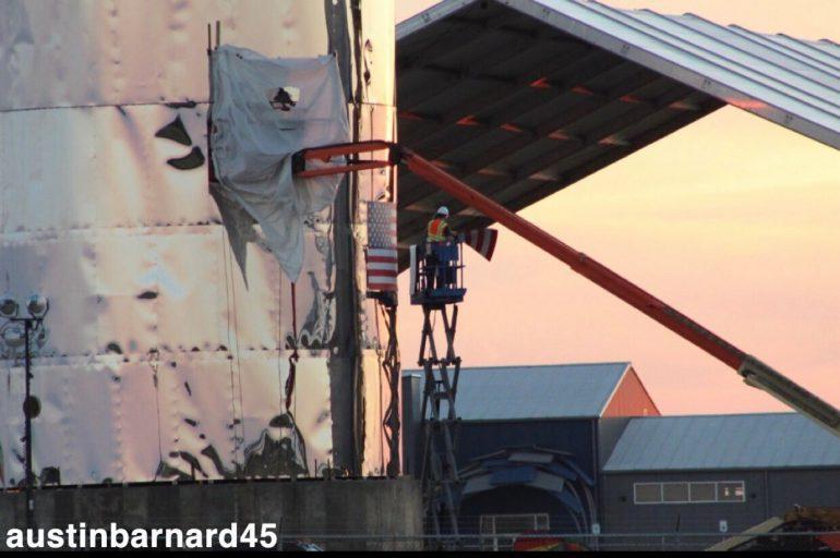Илон Маск анонсировал первый полет корабля Crew Dragon к МКС в феврале и показал, как будет выглядеть тестовая версия Starship [+ его живые фото]