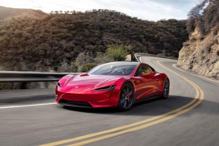 Илон Маск: Электромобиль Tesla Roadster с пакетом улучшений SpaceX сможет летать почти как DeLorean из «Назад в будущее»
