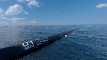 Система по очистке Тихого океана от мусора Ocean Cleanup частично разрушилась