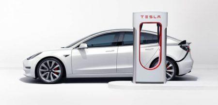 Tesla умерила аппетит с повышением цен на зарядных станциях Supercharger после негативной реакции в соцсетях
