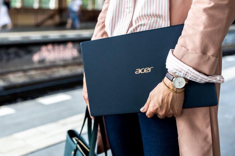 """В Украине стартовали продажи сверхлегкого ноутбука Acer Swift 5 по цене от 32999 грн (14"""") и 37999 грн (15,6"""")"""