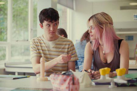 Netflix продлил Sex Education на второй сезон