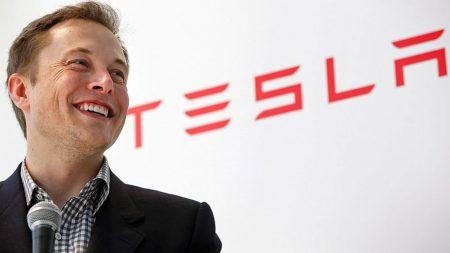 Илон Маск: электромобили Tesla станут по-настоящему автономными к концу 2020 года