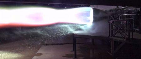 Видео: SpaceX впервые испытала летный образец нового метан-кислородного двигателя Raptor, предназначенного для космического корабля Starship