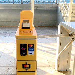 На 11 станциях киевской городской электрички установили турникеты для бесконтактной оплаты банковскими картами и NFC-устройствами