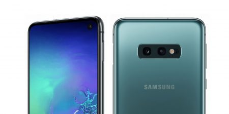 Фотогалерея дня: младшая модель Samsung Galaxy S10e во всей красе