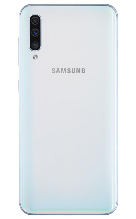 Новые смартфоны-середнячки Samsung Galaxy A30 и Galaxy A50 с экранами Infinity-U диагональю 6,4 дюйма и аккумуляторами на 4000 мА·ч представлены официально