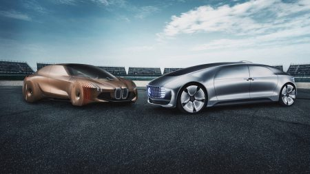 BMW and Daimler jointly want to develop a platform for electric vehicles.
