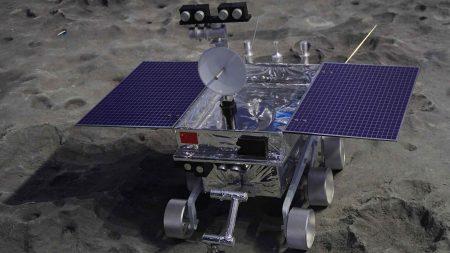 Китайский луноход «Юйту-2» проехал 127 метров по поверхности обратной стороны Луны