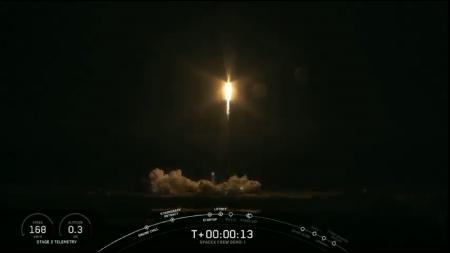 Обновлено: SpaceX отправила пилотируемый корабль Crew Dragon в первый полет к МКС