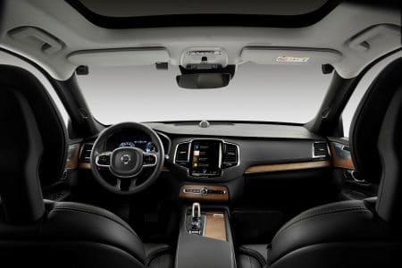 C 2021 года Volvo будет оснащать свои автомобили встроенными камерами для мониторинга поведения водителя (невнимательных и нетрезвых будут принудительно останавливать)