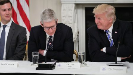 "Trump's next embarrassment: US president calls Apple CEO ""Tim Epple"""