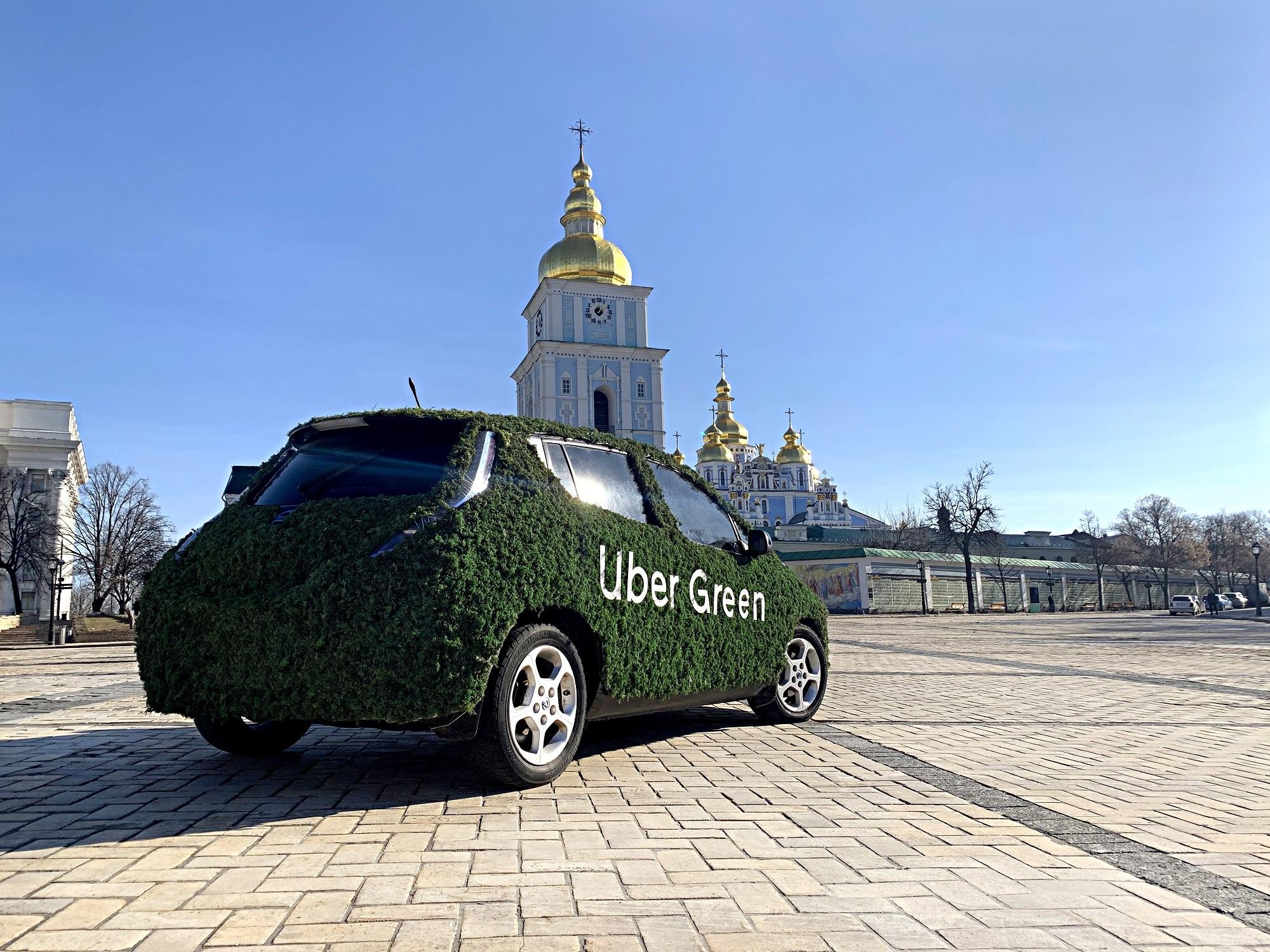 Uber запустил в Киеве сервис Uber Green на основе электромобилей Nissan Leaf,  Renault Zoe и др. по цене UberSELECT