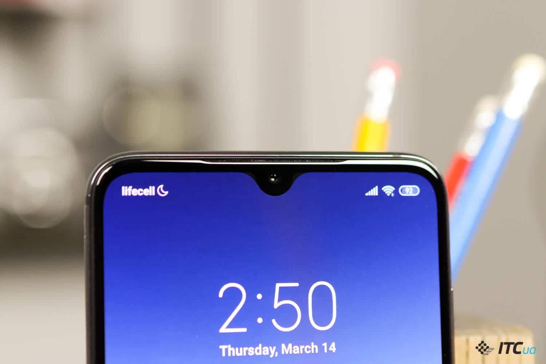Xiaomi Mi 9: топовый процессор и обновленная камера
