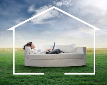 В Украине теперь можно регистрировать земельный участок через интернет и проводить онлайн-мониторинг рассмотрения заявлений