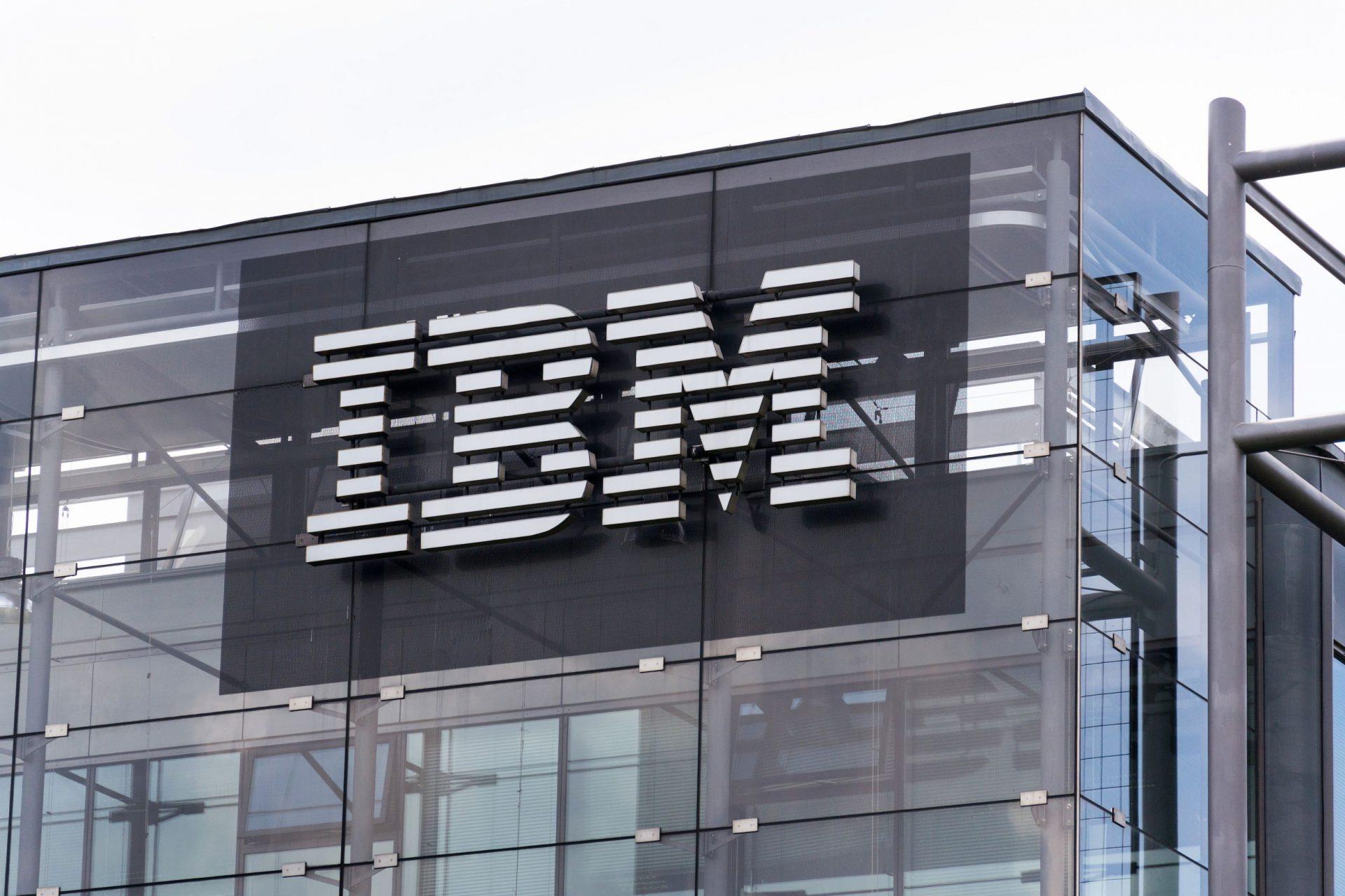IBM запустила систему трансграничных денежных переводов на основе технологии блокчейн