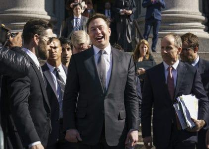 Илон Маск подписал еще одно соглашение с властями США. Больше никаких твитов о положении дел в Tesla без разрешения юриста