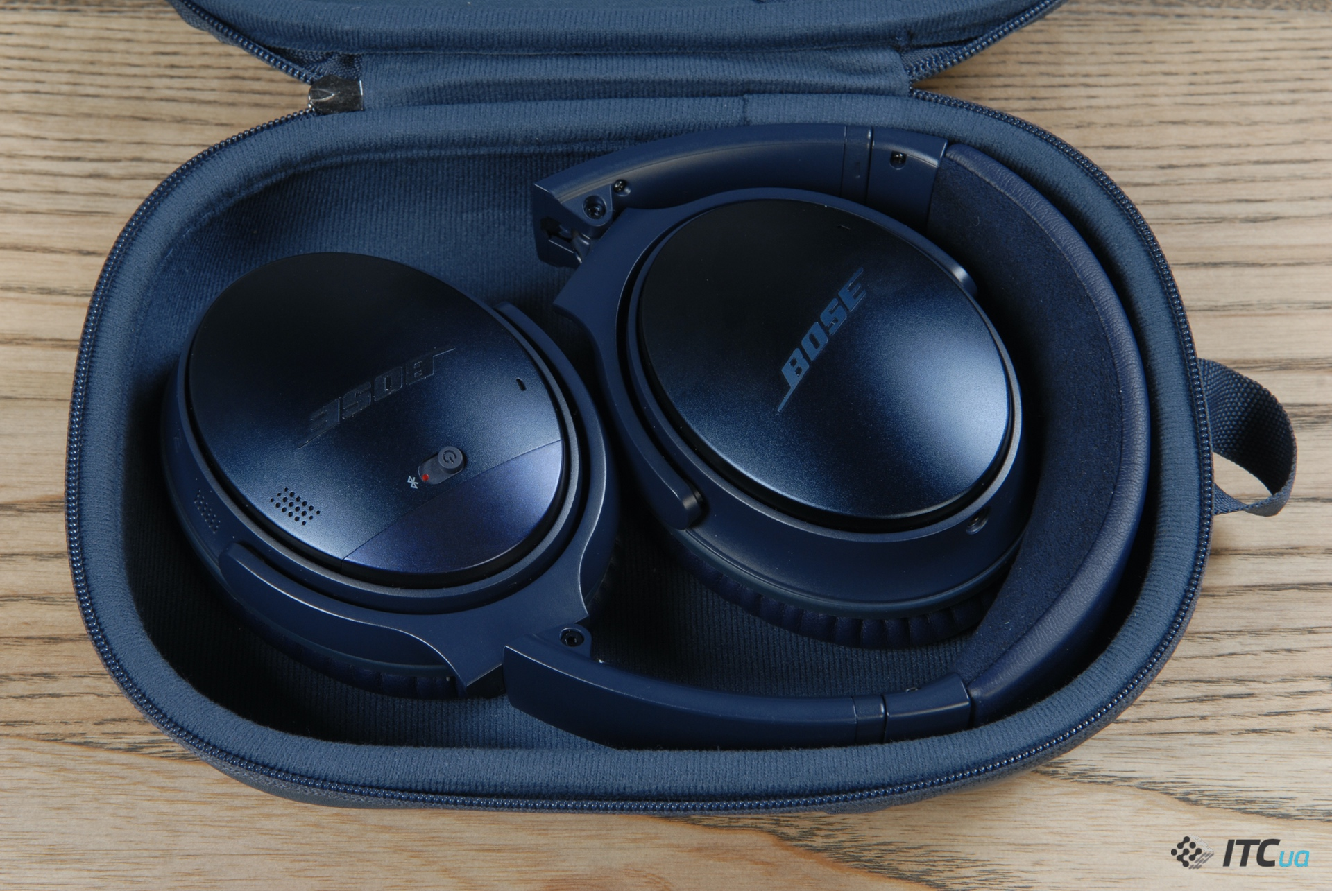 чехол Bose QuietComfort 35 II