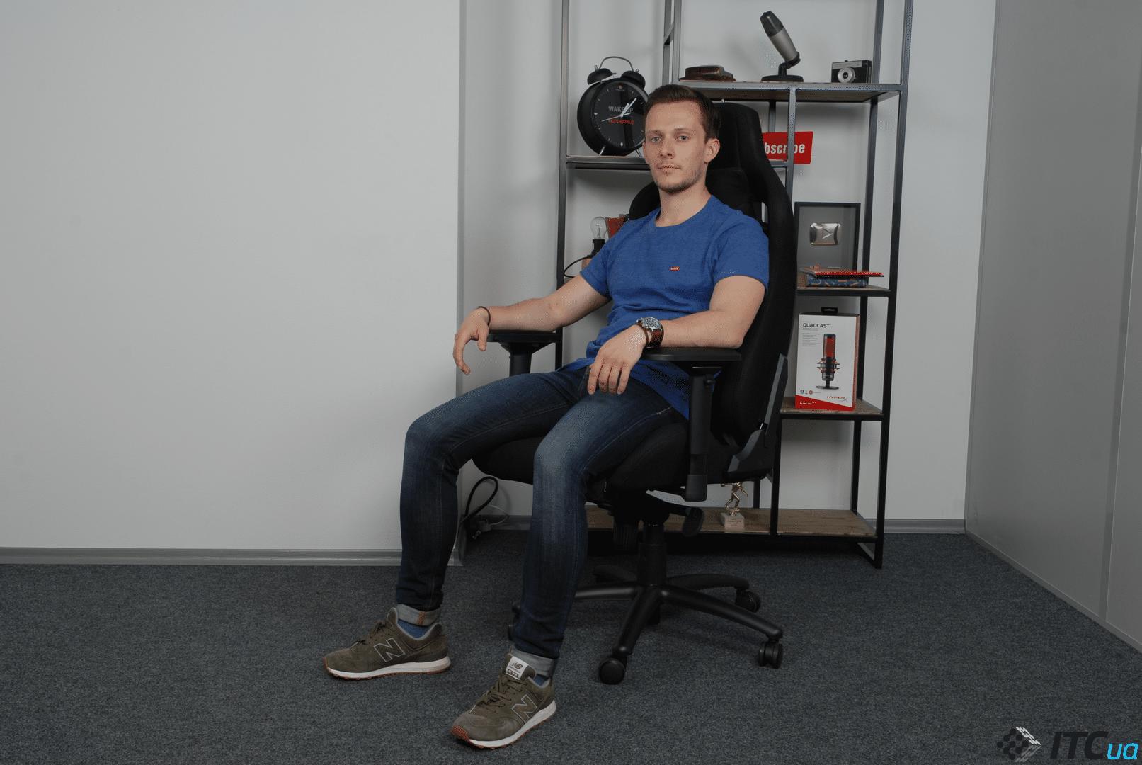 Обзор кресла для геймеров GT Racer X-0712