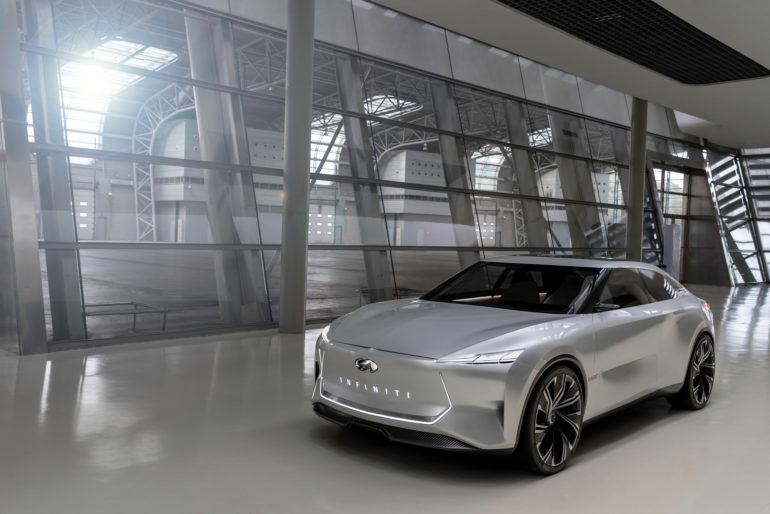 Infiniti показала первые изображения электрического седана Qs Inspiration, который через неделю представят на Шанхайском автосалоне