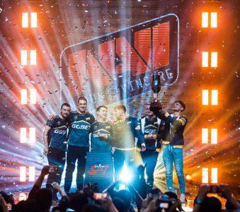 Украинская команда Na'Vi стала чемпионом на турнире StarSeries по CS:GO, выиграв $250 тыс. призовых