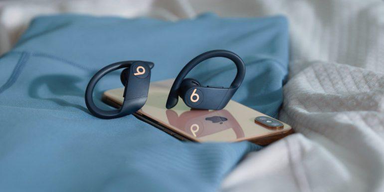 Даже лучше, чем AirPods. Представлены полностью беспроводные наушники Beats Powerbeats Pro с девятичасовой автономностью, защитой от влаги и быстрой зарядкой