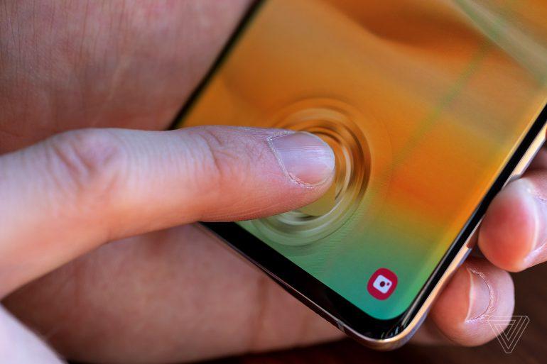 Fingerprint Sensor The Samsung Galaxy S10 fooled with a