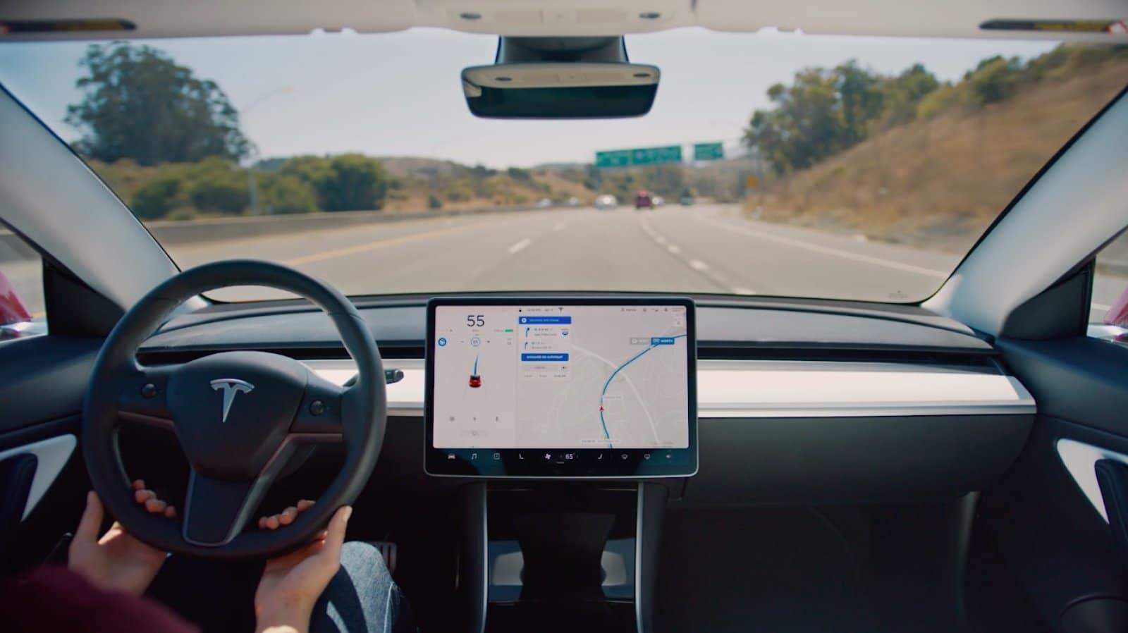 Илон Маск предупредил, что с 1 мая цена за полный автопилот (опция Full Self-Driving) для автомобилей Tesla заметно вырастет