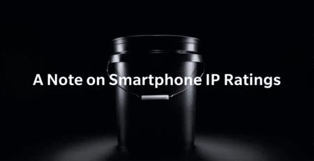 «Мы просто купили ведро». В новой рекламе флагманов OnePlus 7 производитель убеждает в бесполезности сертификации IP (защита от пыли и воды)