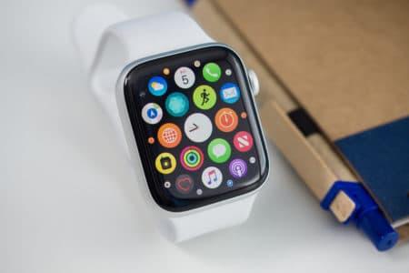 Рынок умных часов демонстрирует стремительный рост, Apple занимает более трети этого рынка