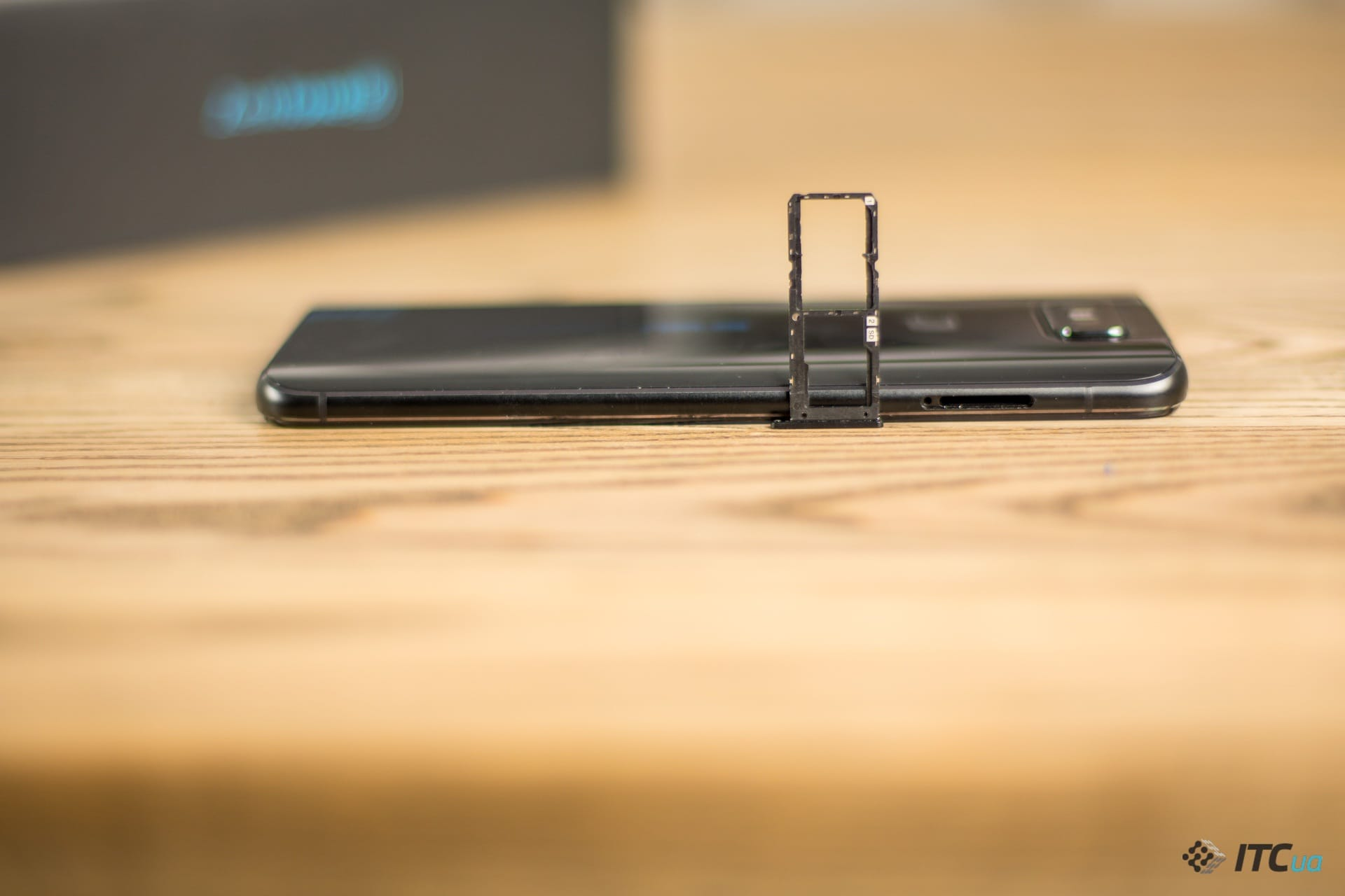 ZenFone 6 слот