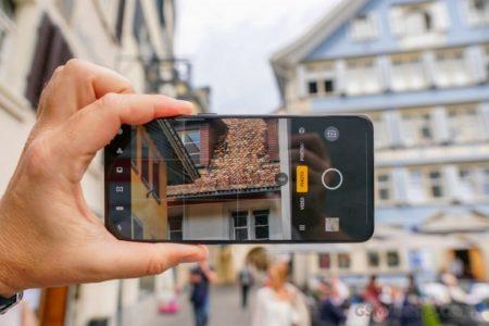 Еще больше, чем у Huawei P30 Pro. Oppo реализует в смартфоне Reno 10X Zoom 60-кратный цифровой зум, подняв верхнюю границу диапазона фокусных расстояний до 1560 мм