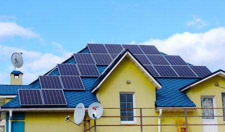 НКРЭКУ намерена с 2025 года втрое снизить «зеленый» тариф для домашних СЭС и ВЭС