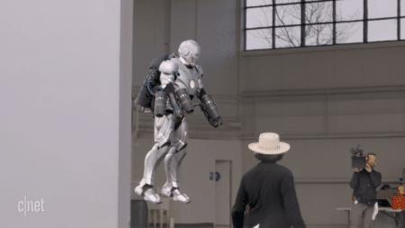 Адам Сэвидж в рамках шоу Savage Builds создал летающий костюм Железного человека