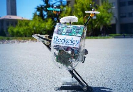 Одноногий прыгающий робот Salto-1P научился перемещаться без привязки ко внешней системе отслеживания движений
