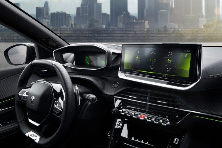 Французы представили электрокроссовер Peugeot e-2008 с мощностью 100 кВт, батареей на 50 кВтч и запасом хода 310 км (WLTP), продажи стартуют в конце 2019 года