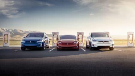 До конца текущего года Tesla откроет сервисные центры и зарядные станции Supercharger в Казахстане. С начала года там купили 5 электромобилей бренда