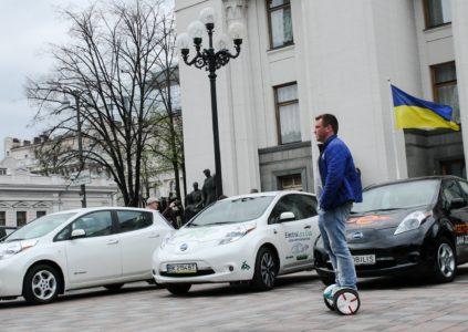 В мае украинцы приобрели 634 электромобиля, что в полтора раза выше прошлогодних показателей