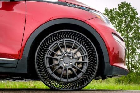 GM и Michelin выпустят безвоздушные <b>шины для легковых</b> ...