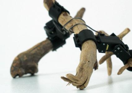 Японские инженеры создали роботов из сервоприводов и палок