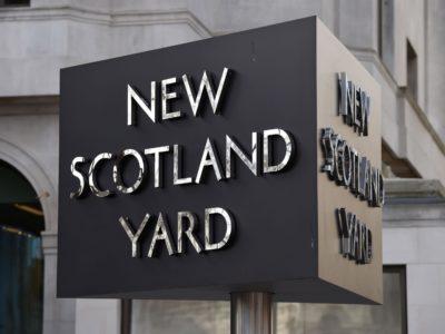 Хакеры взломали сайт Скотленд-Ярда и его аккаунт в Twitter