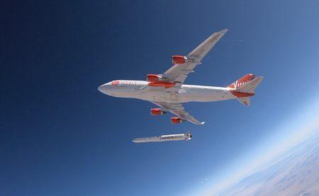 Virgin Orbit полностью готова к первому тестовому полету самолета Boeing 747 Cosmic Girl со сбросом ракеты-носителя LauncherOne [Обновлено: испытания прошли успешно]